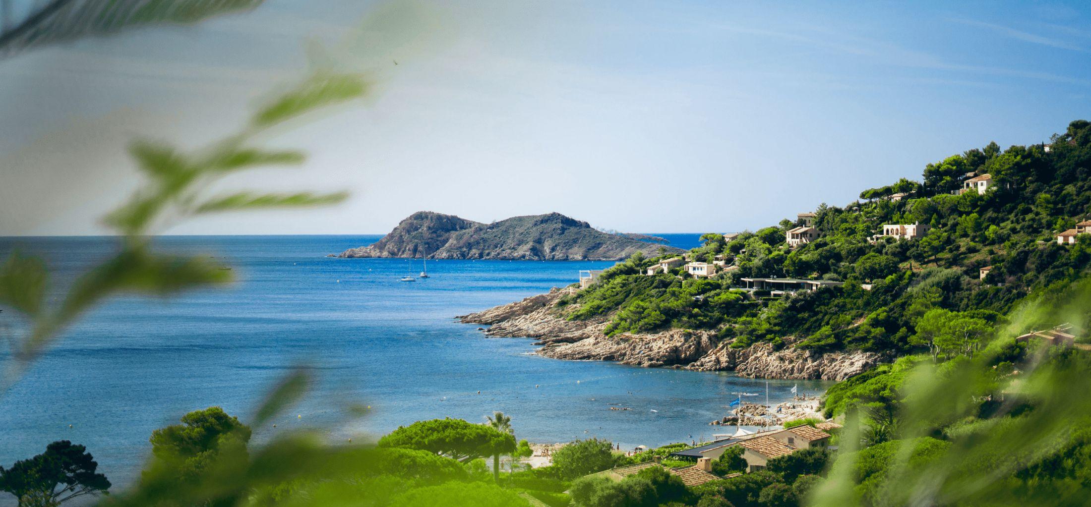 Azur Beach en plein cœur du Golfe de Saint-Tropez